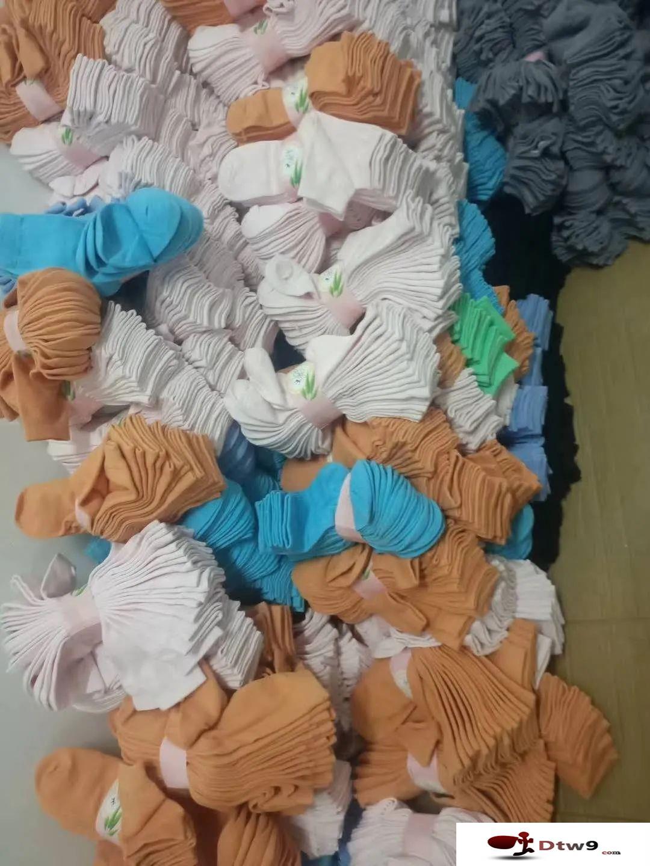 秋天摆地摊卖袜子最赚钱,纯棉袜子,火烧袜,雪地袜,七天防臭袜货源