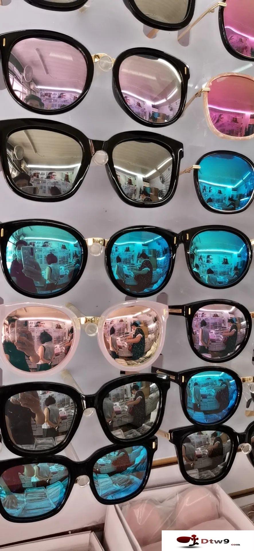 砸不坏男女防蓝光老花眼镜,地摊精品太阳镜货源批发