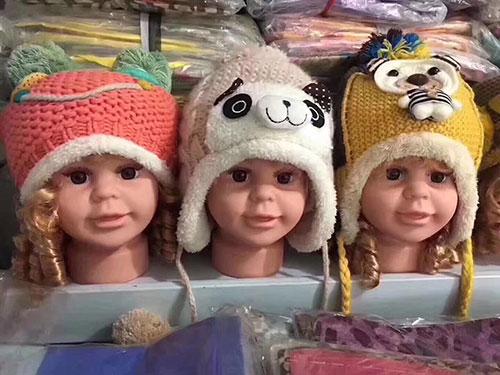 摆地摊儿童帽子批发,加绒毛线双层帽仓,摆地摊卖儿童帽子