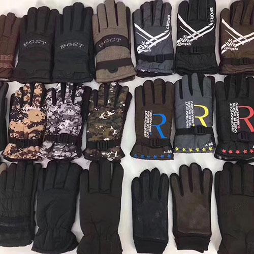摆地摊精品太空手套,摩托车手套批发,内加绒男女可选