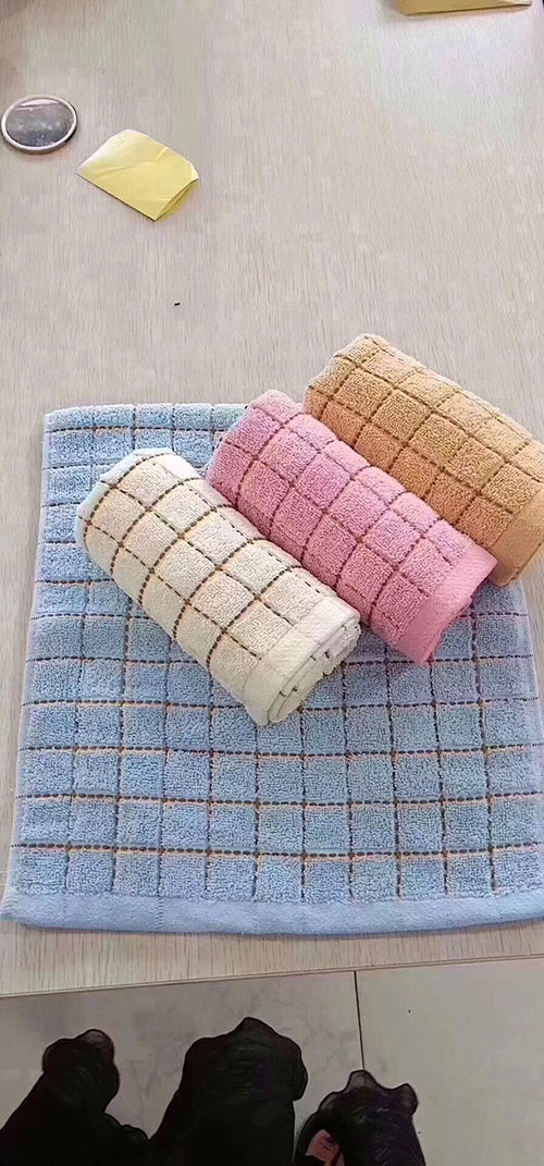 摆地摊纯棉毛巾,10元模式纯棉毛巾批发