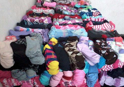 地摊袜子哪一个档次的最好卖?