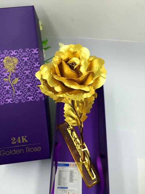 摆地摊卖金箔玫瑰花,情人节金箔玫瑰花,会销送礼金箔玫瑰-义乌地摊网