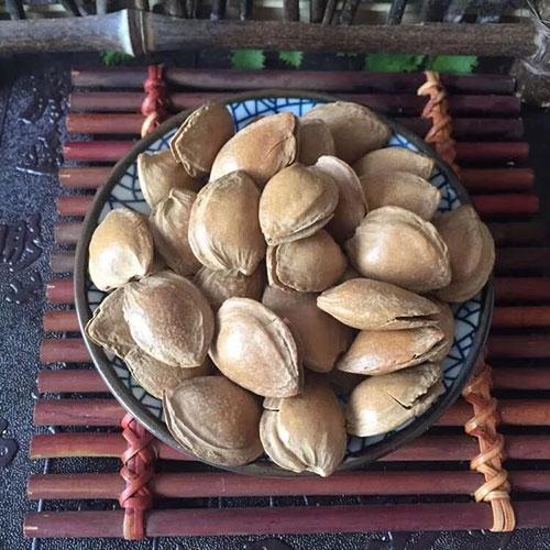 摆地摊精品五香手剥杏仁批发-义乌地摊网