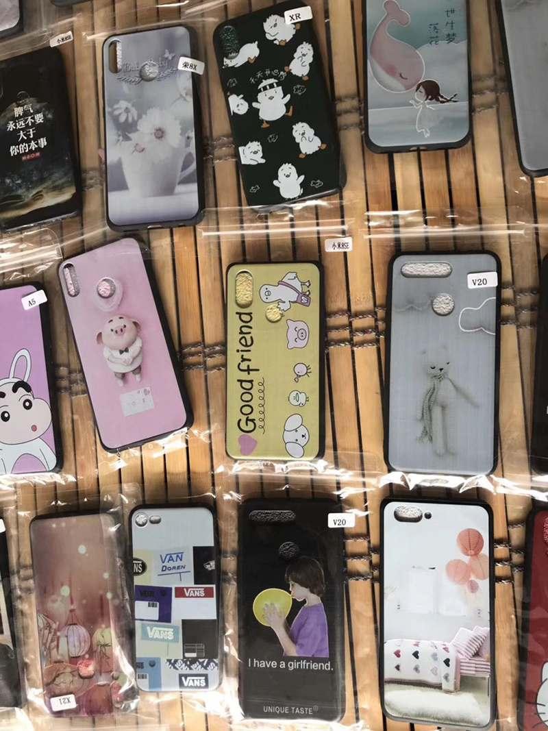 义乌摆地摊手机配件5元模式货源批发_手机配件什么价格多少钱