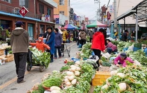 在农村批发什么好卖?在农村市场摆摊该卖什么?
